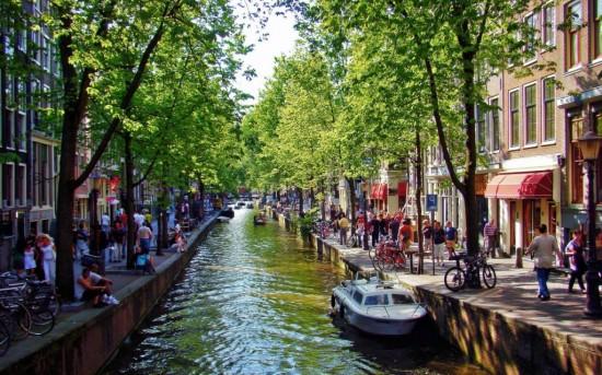 Туры на майские праздники в Амстердам