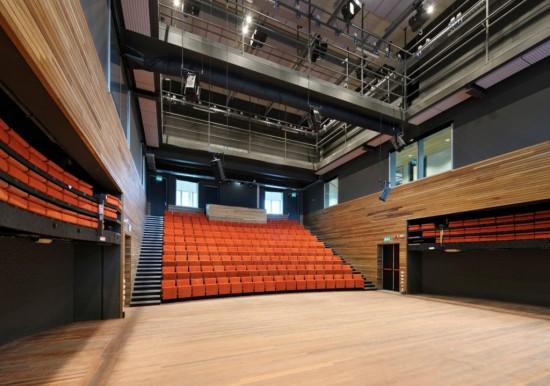 Театр Bijlmer Park в Амстердаме (5)