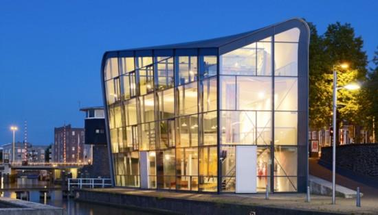 Центр Архитектуры в Амстердаме (1)