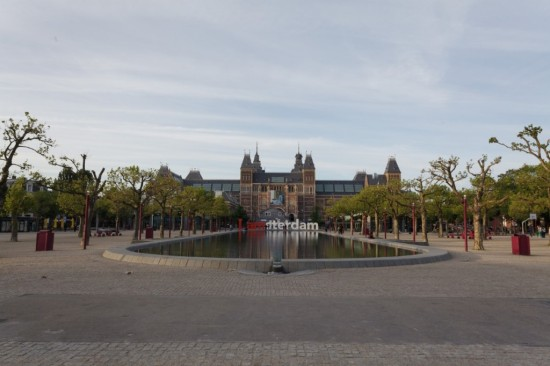 Площадь музеев в Амстердаме (1)