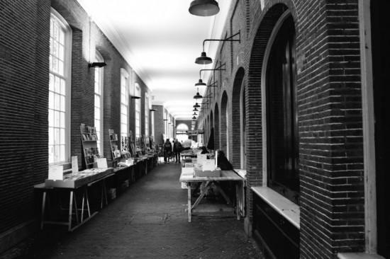 Старые арочные ворота в Амстердаме  (4)